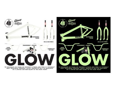 Odyssey R25 Forks - Glow In The Dark